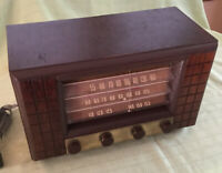 RCA Victor Model 62 Canadian Antique AM SW Radio Restored