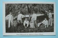 AK Feldgraue bei Apfel Ernte Pinnon Pinon Aisne 1914-18 Apfelbaum Soldaten 1.WK