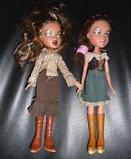2 Bambole BRATZ Dolls Doll Bambola Con Vestiti Buone Condizioni Good Condition