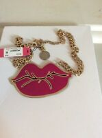 BETSEY JOHNSON 'Photo Etch' Pink Lips HUGE Kiss  Gold-Tone Necklace $50 BH 2