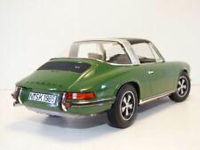 PORSCHE 911 2.4S TARGA vert 1/18 1973