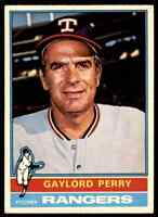 1976 O-Pee-Chee Gaylord Perry . #55