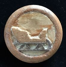 COLLECTIBLE CARVED WOOD BUTTON BY GEORGE SCHULTZ PICTORIAL SLEIGH TRANSPORTATION
