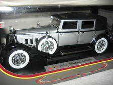 1930 PACKARD LEBARON SILVER/BLACK 1:18 SIGNATURE MODELS RARE DISCONTINUED COLOR