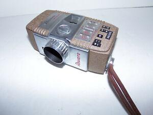 Vintage REVERE EIGHT 8 Model Fifty Five 55 Vintage Movie Camera USA  Film INSIDE