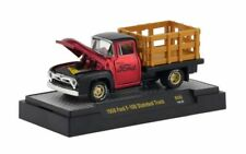 1956 Ford F-100 Stakebed Truck - Candy Red *** M2 Machines Auto Meets 1:64 NEU
