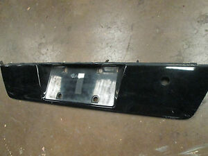 BMW E38 740i TRUNK LICENSE PLATE MOUNT 96-1997-98-99-2000-2001 8150380