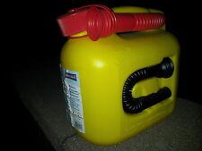 5 Liter Benzinkanister Kraftstoffkanister Ersatzkanister mit 2 Einfüllstutzen
