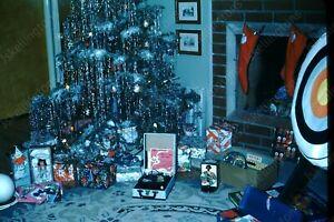 1950s christmas tree presents Kodak Red Border 35mm slide transparency Vv3