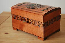 VINTAGE CARVED WOODEN JEWELLERY CHEST LOCK AND KEY IN LIGHT BROWN COLOR
