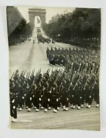 PHOTO CHASSELIN 2 COMPAGNIE DEFILE 14 JUILLET 1945 A D P AGENCE PARIS H2505