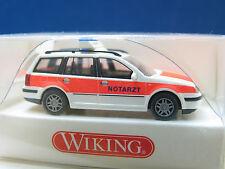 WIKING 071 06 32 VW GOLF VARIANT NOTARZT  / X1820