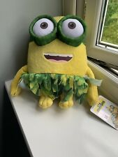 Despicable Me 3 Minion Grass Skirt/ Hula Soft Plush Toy 10�- Bnwt