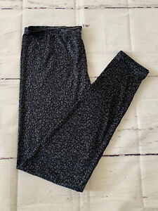 Climate Right By Cuddl Duds M Leggings Bottoms Black/Gray Print Jersey Snug Fit