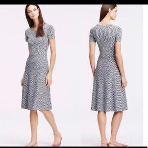 ANN TAYLOR M Black Gray Striated Knit A Line Flare Midi dress Cap Slv Career EUC