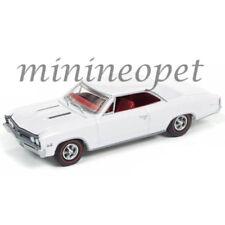 AUTOWORLD AW64132-24B 1967 67 CHEVROLET CHEVELLE SS 1/64 DIECAST GLOSS WHITE