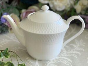 Spode MANSARD Large Teapot White Fine Bone China England Y8588 PERFECT Two Pints