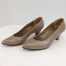 Vintage David Evins Nude Beige Leather Classic Heels Pumps Size 6 B Italy