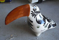 """Vintage Hand Painted Mexico Made Ceramic Pelican Figurine 4 1/4"""" Tall"""