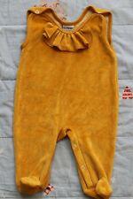 República de frambuesa Scandi Acogedor Invierno Terciopelo Peto amarillo mostaza 56 recién nacido