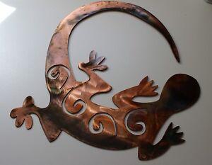 """Tail Chasen Gecko Southwestern Metal Art Decor 13"""" x 13"""""""