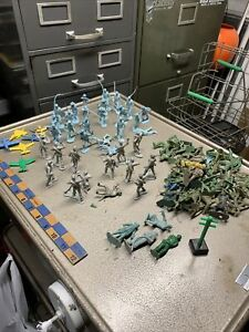 Old Vintage Plastic Soldiers Civil War And World War 2