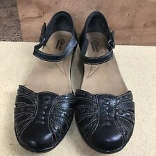 Clarks womens black woven Leather ankle strap low heel sandals 8.5 Wide Comfort