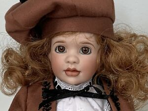 """Wendy Lawton Springtime in Paris from Grand Tour collection, 11"""" porcelain doll"""