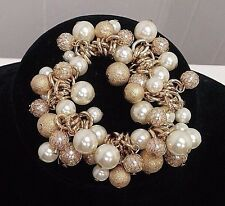 "DILLARDS BRACELET IVORY PEARL & GOLD BEADS MESH STRETCH Fits 6"" - 8"" Wrists"