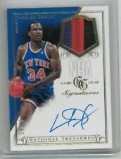 2013-14 Panini National Treasures Charles Oakley NBA Game Gear Auto  #'ed 19/25