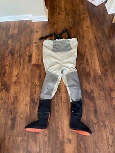 Simms Gore Tex Waders. Size Large. Made in USA.