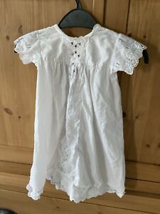 BABYS VINTAGE ANTIQUE WHITE CHRISTENING GOWN DRESS APPROX 6 Months