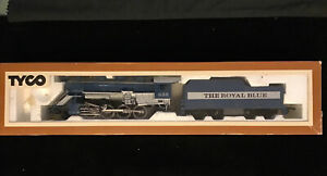 Tyco HO SCALE ~  The Royal Blue 638 Steam Locomotive PLASTIC MODEL