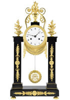 PORTIQUE EMPIRE. Kaminuhr Empire clock bronze horloge antique pendule uhren