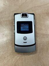 Vintage Motorola Razor V3m - Flip Phone - Silver w/ Mp3 Player - Verizon
