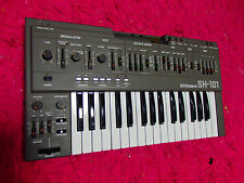 Vintage Roland SH-101 Synthesizer used sh101 keyboard