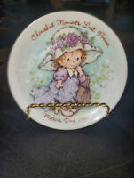 Avon Plates Mother's Day Collector  Lot Of 5 Plates 1981-1984 & 1990(PICS)