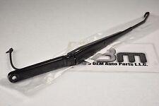 03-07 Chevrolet Silverado GMC Sierra Passenger W/S Wiper ARM W/ Nozzle new OEM