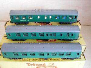 Tri-ang TT -  Set of 3 SR Green Mainline Coaches