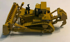Norscot Cat D11R Carrydozer Track Type Tractor with metal tracks 1:50 scale