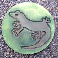 "Lizard plaque plastic mold  plaster concrete gecko mould 10"" x 3/4"" thick"
