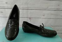 Vaneli Sport Women Brown Croc Print Patent Leather Slip On Loafer Shoes Sz 8.5N