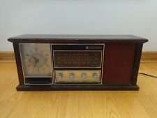 J.C. Penny Penncrest Table Top Tube AM/FM Clock Radio Wood 3793 Made in Japan
