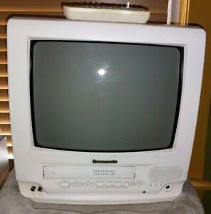 Panasonic 13 inch TV VCR Combo 4 Head VHS Player FM Radio White PV-C1332W