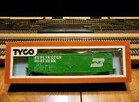 """TYCO 339E:300 Ho Scale 50' Plug Door Boxcar """"Burlington Northern"""""""