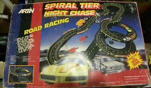 VINTAGE ARTIN SPIRAL TIER NIGHT CHASE ROAD RACING SET #10203