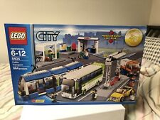 New In box Factory sealed LEGO CITY 8404 PUBLIC TRANSPORT STATION. -retired-