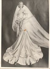 """Vintage Found Photo, Woman in very grand/fancy wedding dress, photogs proof 5x7"""""""