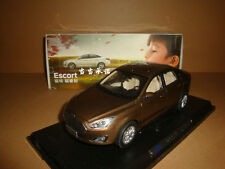 1/18 FORD Escort die cast model + gift