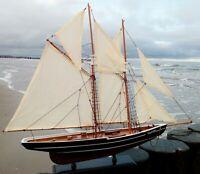 """Segelschiff """"Bluenose"""" großes Modell mit vielen Details Holz 76x66cm"""
